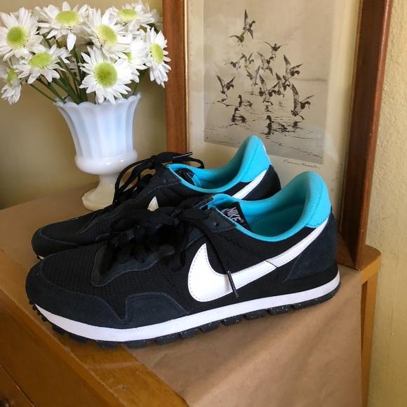 Nike Air Pegasus 83 Women's Shoes